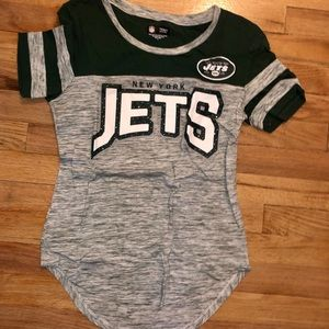 NY Jets Offical NFL T-shirt - Small